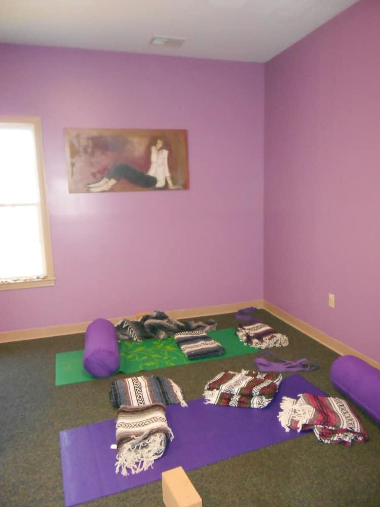 GH17 13 Yoga Room